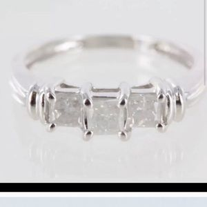 Genuine diamond ring
